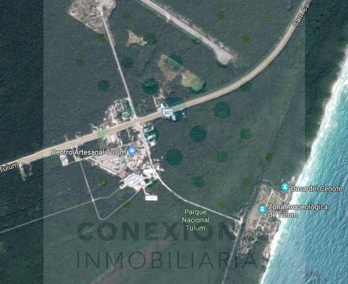 Lote para inversión frente a la entrada de las Ruinas de Tulum