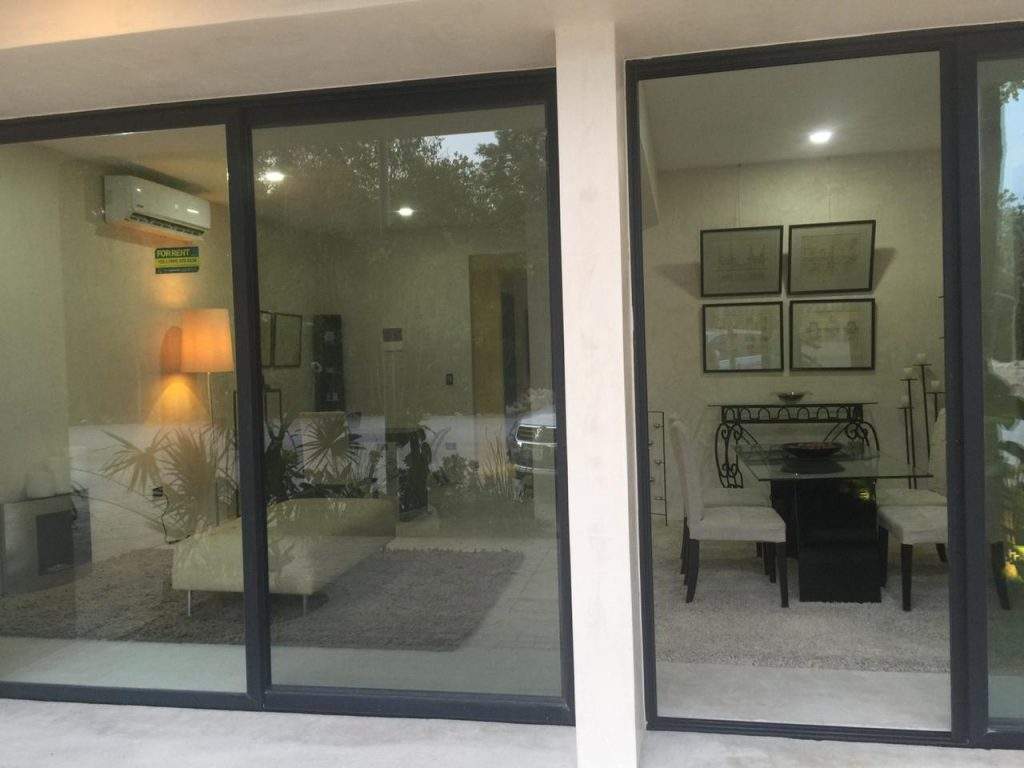 Rental of commercial space in Aldea Zama, on main avenue