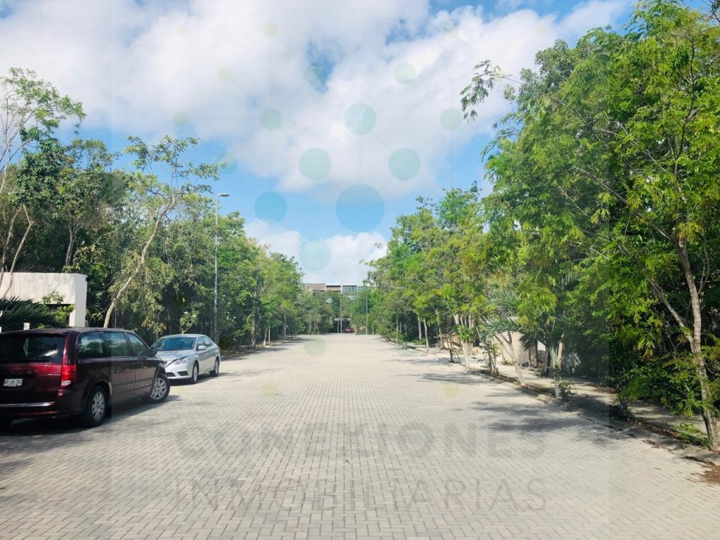 Lot in Aldea Zama ideal for building excellent housing opportunity – Tulum